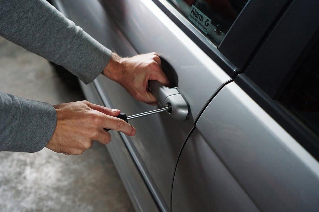 Antallet af tyverier fra biler, håndværkerbiler og varevogne er faldet